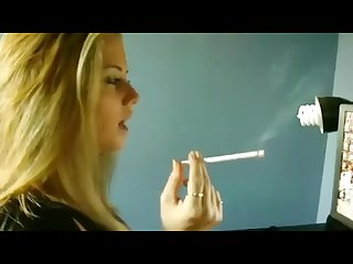 Blond webcam smoking 120