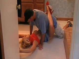 Blonde cougar banged in heels