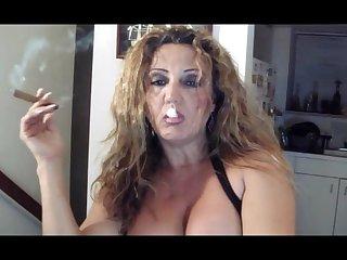Mature blonde smoking cigar bis