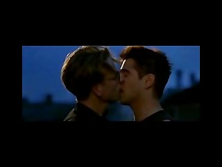 Collin farrel gay kiss