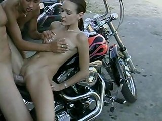 Teen sluts share a big cock on older biker hot teen girls with amazing ass