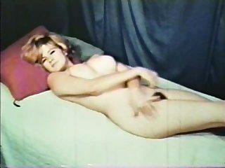 Softcore nudes 530 1960s scene 2