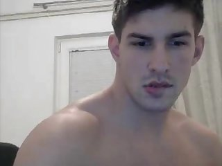 Handsome bi stud jerking on cam