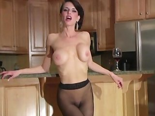 Veronica avluv in pantyhose