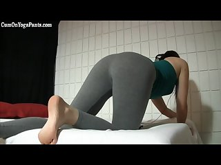 Cum on the cute cleaning lady in yoga pants