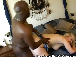 Black stud screws a hot blonde wife