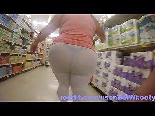 Twerking see through Leggings at grocery store