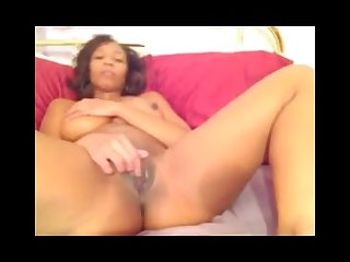 Hot black chick finger fucking herself
