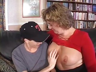 Mature women gets some help from a younger guy rhegan o makin