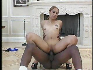 Bootylicious tap dat ass scene 2