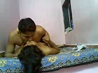 Indian lover enjoy sex and Romance on cam video