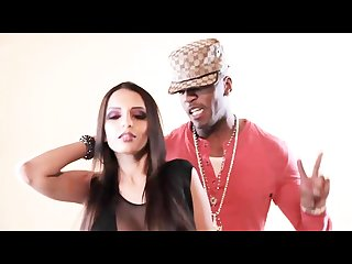 Tehmeena afzal dancing with big black west indies rapper grafh to freestyle