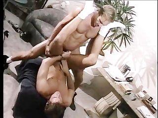 Stripper service scene 4