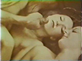 European peepshow loops 331 1970s scene 1