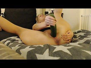Max masturbation