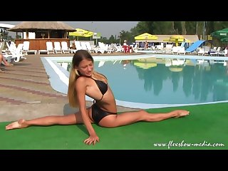 Alesya laverycheva contortionist amazing flexible gymnast girl
