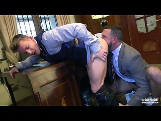 Sex gay office