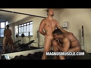 Gym buddies douglas masters and matheus axell fucking