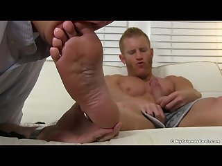 Mature guys feet worship makes a hunk stroke until cumming