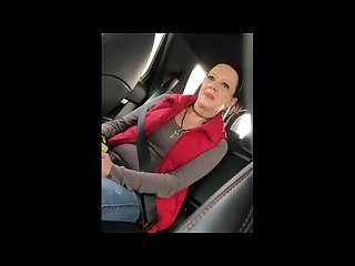 Milf needed a uber ride