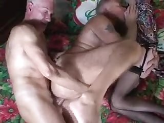 Mature Bisex threesome