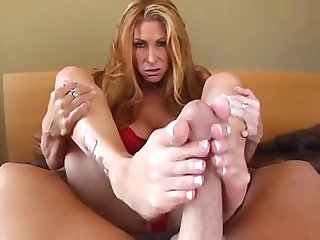 Tiffany mynx footjob