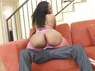Booty quake 4 scene 3