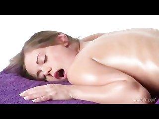 Caprice massage