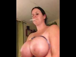 Big tit Smoke and ride