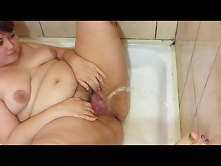 Bbw pissing in the shower fountain hairy pussy