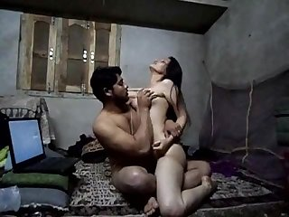 Desi Indian Leaked Homemade XXX Scandal of the Year -full at hotcamgirls.in