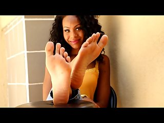 Sexy ebony feet