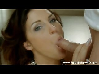Redhead hottie gives amazing blowjob