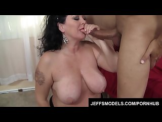 Heavy hoochie alexis couture pleases this guy s cock