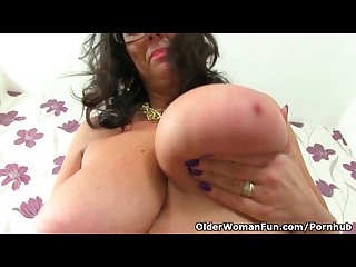 British mature secretary lulu lush strips off and plays