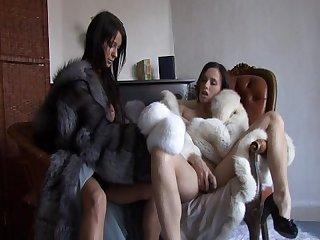 Lesbian fur fetish