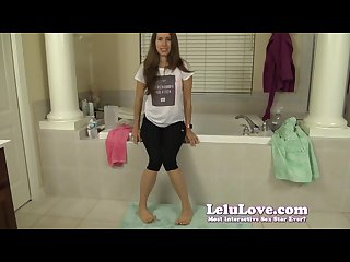 Lelu love pee desperation in leggings