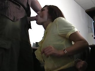 Lola s blowjob in handcuffs