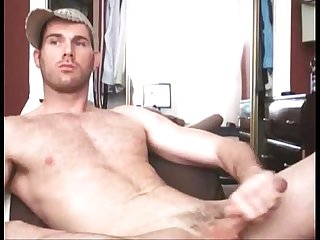 Handsome hairy guy reveals his secret on cam gayslutcam com