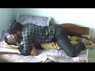 Se coge a su novia india