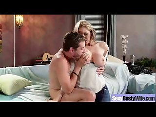 Busty wife have Sex on camera lpar julia ann rpar clip 17