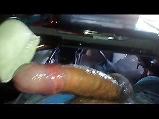 Usando un masturbador Casero