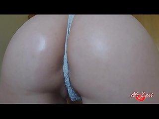 Natural big tits bounce and big ass twerking