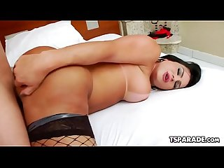 Shemale Thalya Cyclone Enjoys Anal Sex