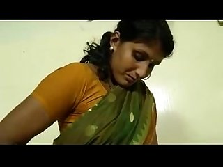 An indian mallu hot neighbour bhabhi teaching how to wear saree