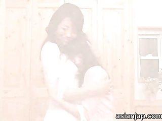 Japanese lesbians kiss maki hojo