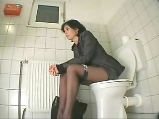 My cousin visiting us masturbates in toilet hidden cam