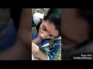 Desi girl hot gagging and fuck outdoor too hot
