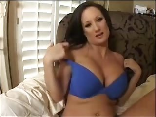 Busty amateru brunette masturbating