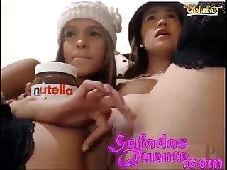 Novinhas brincando com nutella WWW.SAFADASQUENTE.COM